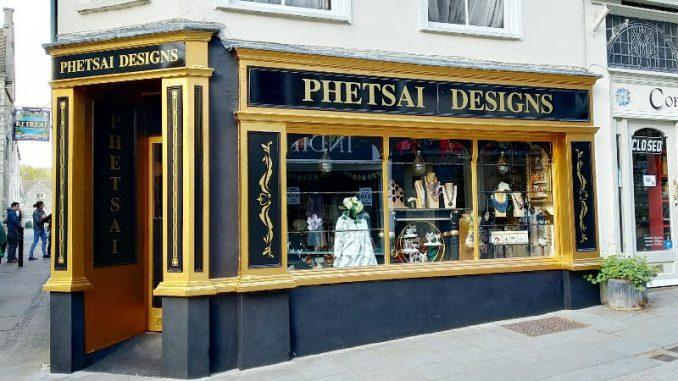 Phetsai Designs
