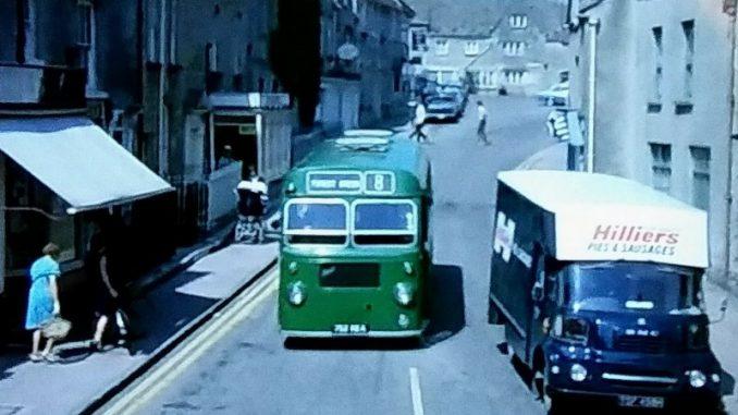 Single decker bus in Minchinhamption in 1971
