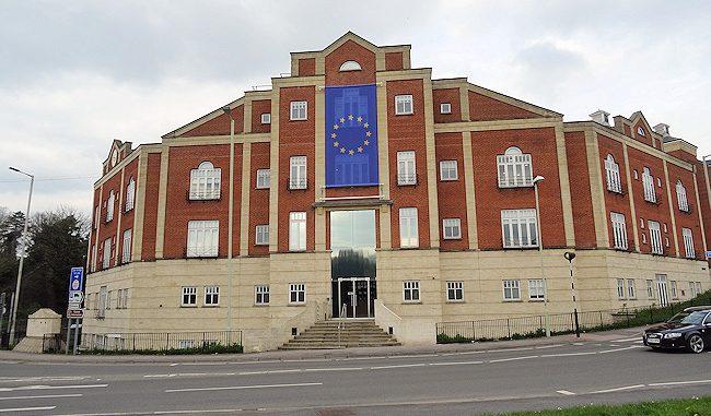 Ecotricity Flies EU Flag