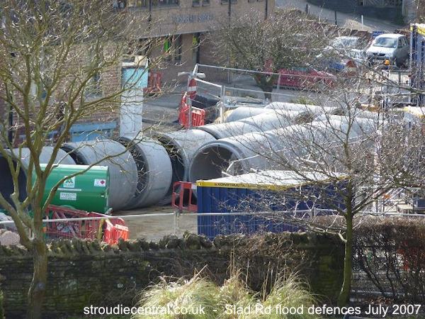 Slad Road flood defences Feb 2010